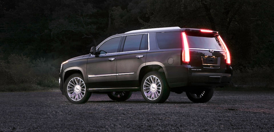 Cadillac Escalade 2020, SUV con luces LED